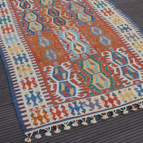 "Picture of 3'11"" x 6'4"" 