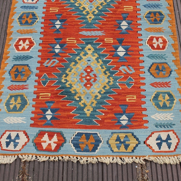 "Picture of 2'7"" x 3'11"" 