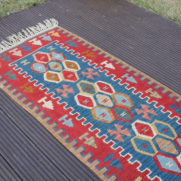 "Picture of 2'1"" x 6'4"" 