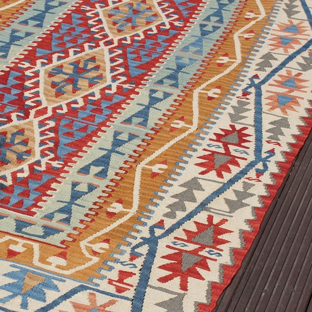 "Picture of 4'6"" x 7'5"" 