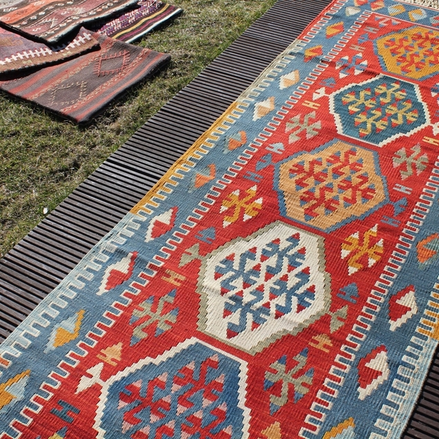 "Picture of 2'9"" x 9'3"" 