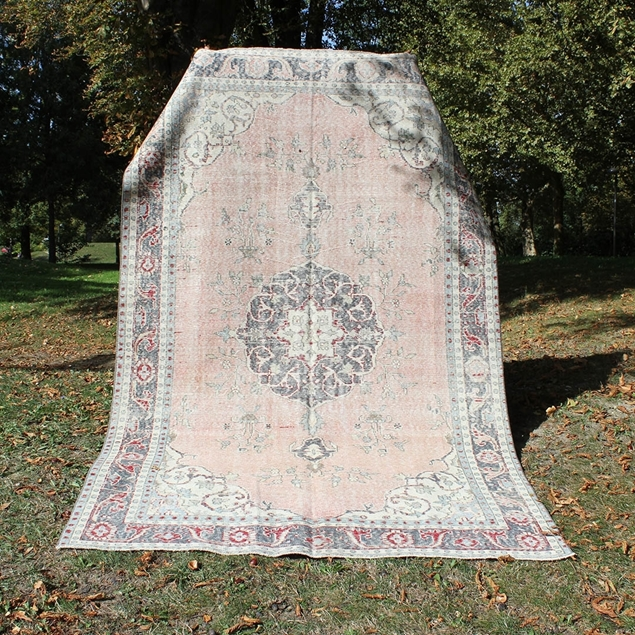"Picture of 6'3"" x 9'6"" 